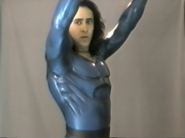 Así era el traje del fallido Superman de Nicolas Cage y Tim Burton (VÍDEO)