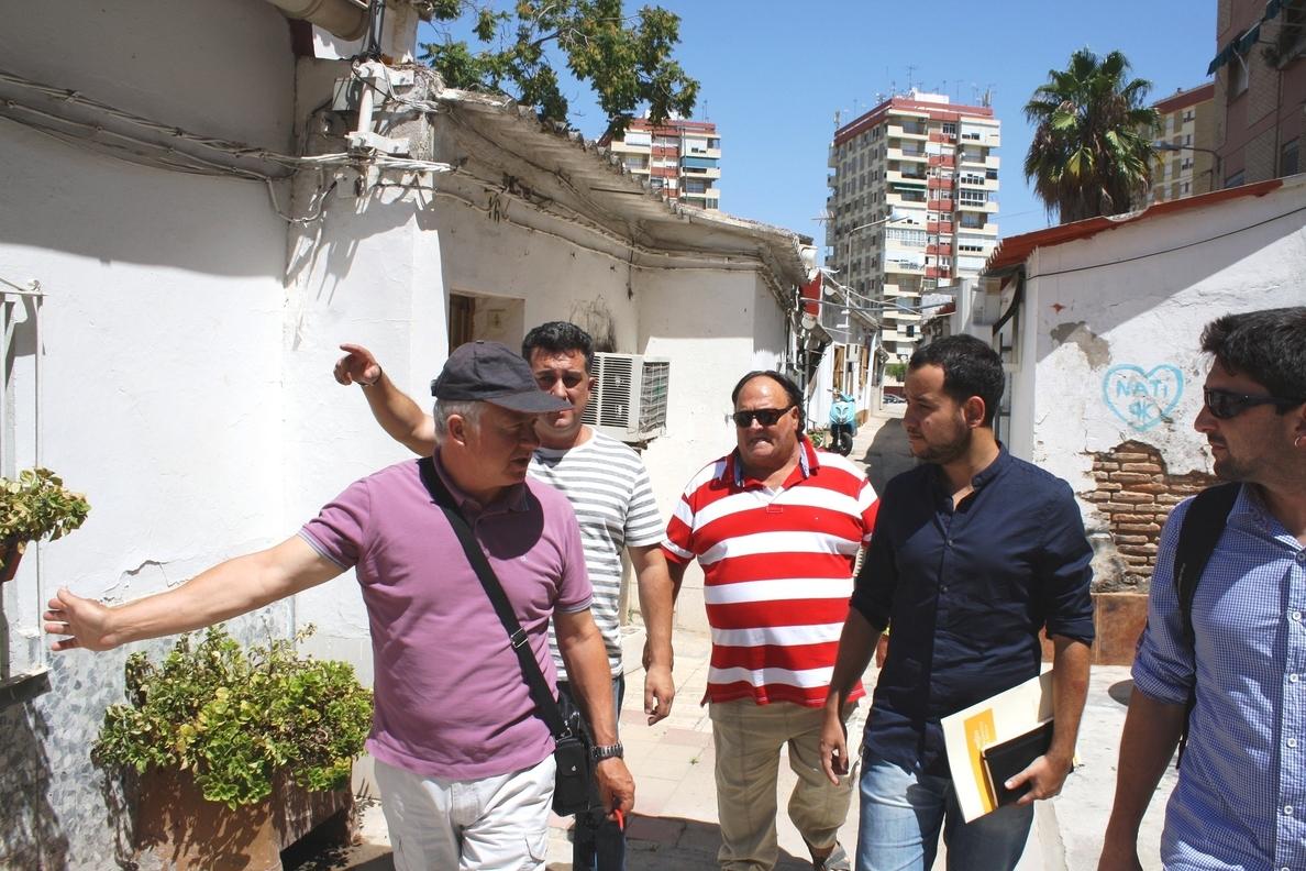 IU insta a Espadas a agilizar el proceso de urbanización de la barriada Guadaíra