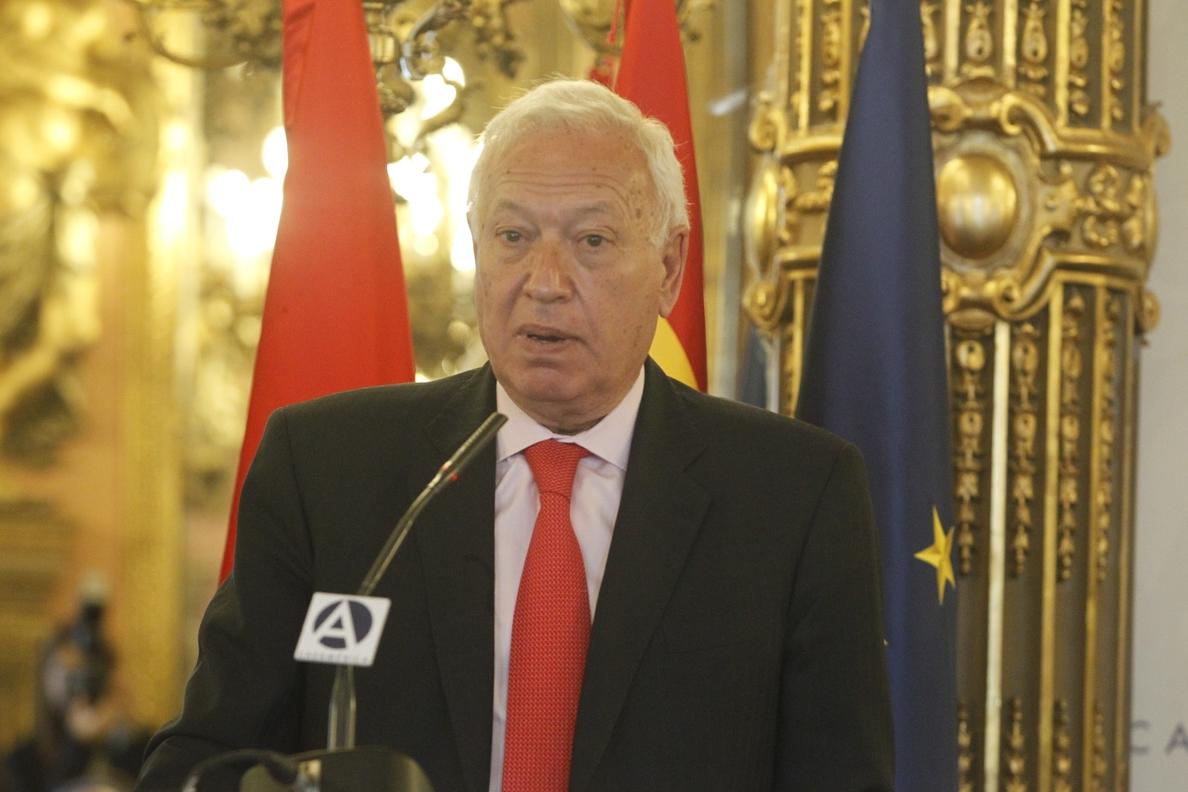 Margallo censura que a los miembros de la lista única en Cataluña sólo les une la idea de «dinamitar España»
