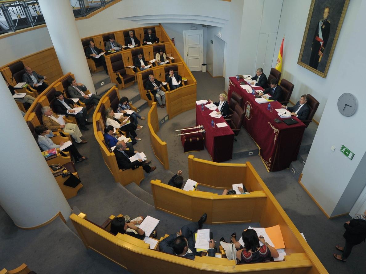 PSdeG celebra el pacto para la Diputación de A Coruña y BNG asegura que hará del ente «algo completamente diferente»