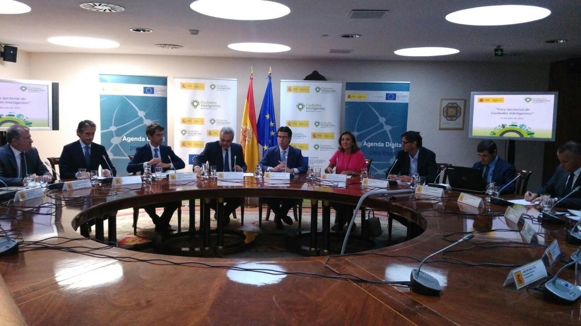 Soria cree que el acuerdo con Irán ofrecerá oportunidades a las empresas españolas