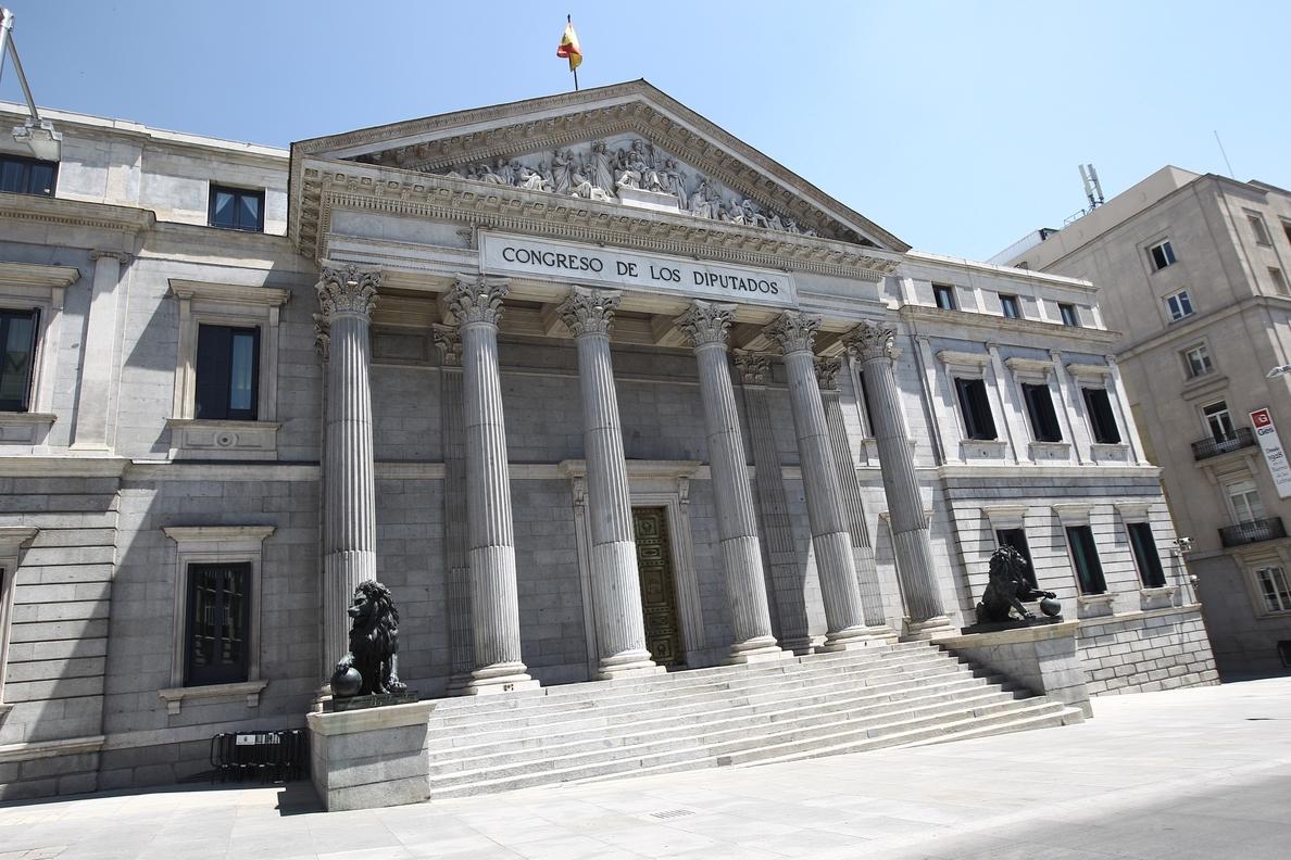 El Congreso da luz verde con los votos de PP a la ley que permitirá conocer a los condenados por fraude