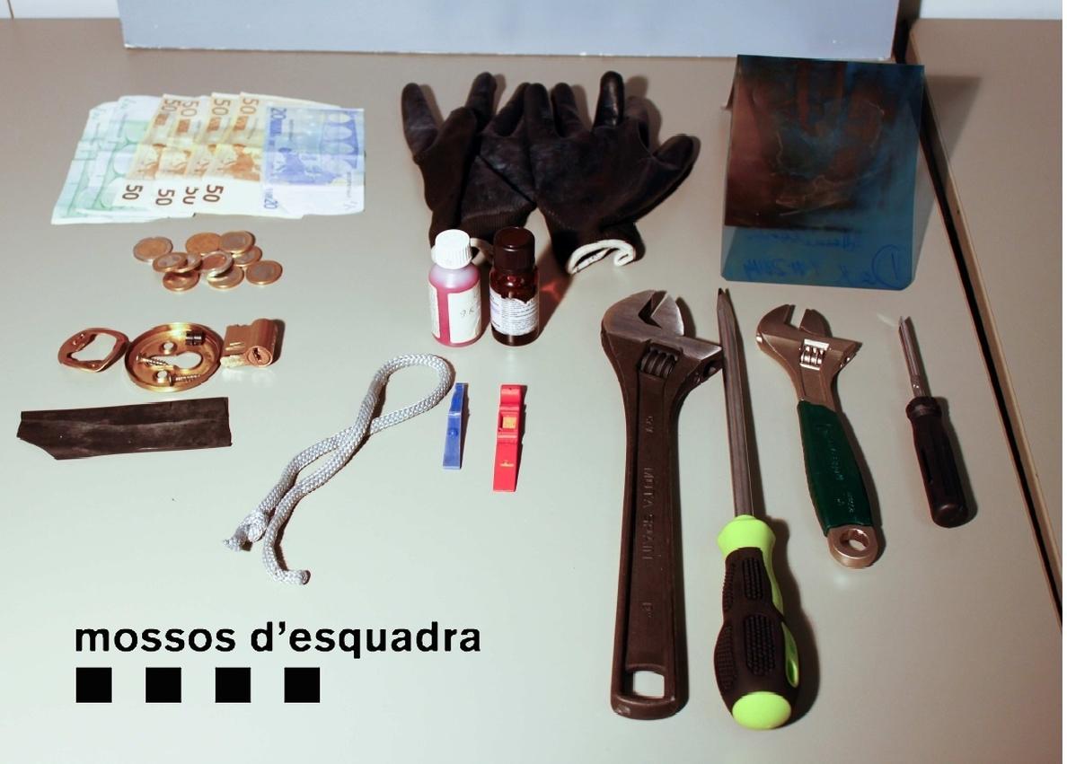 Detenidos tres ladrones de casas con una sustancia para dormir a personas