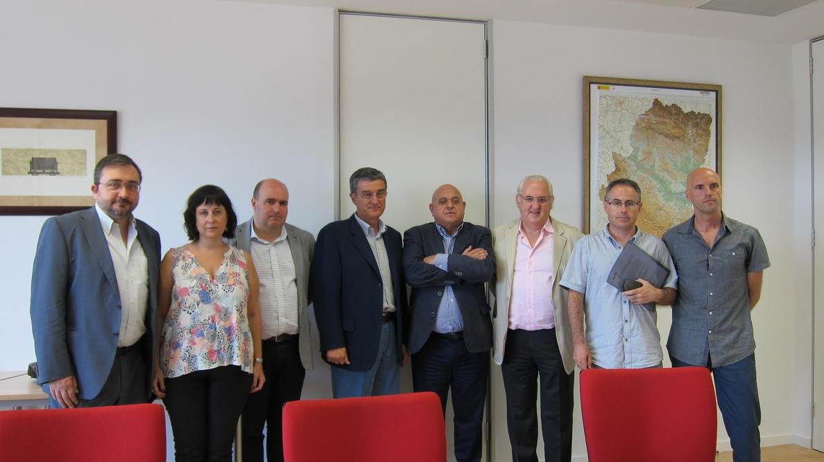 Editores y Gobierno de Aragón estiman que no habrá desabastecimiento de libros de texto