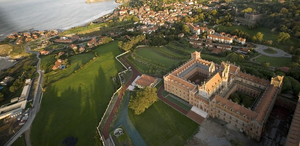 Fomento financia con casi dos millones la recuperación de la iglesia del Seminario Mayor de la Pontificia de Comillas