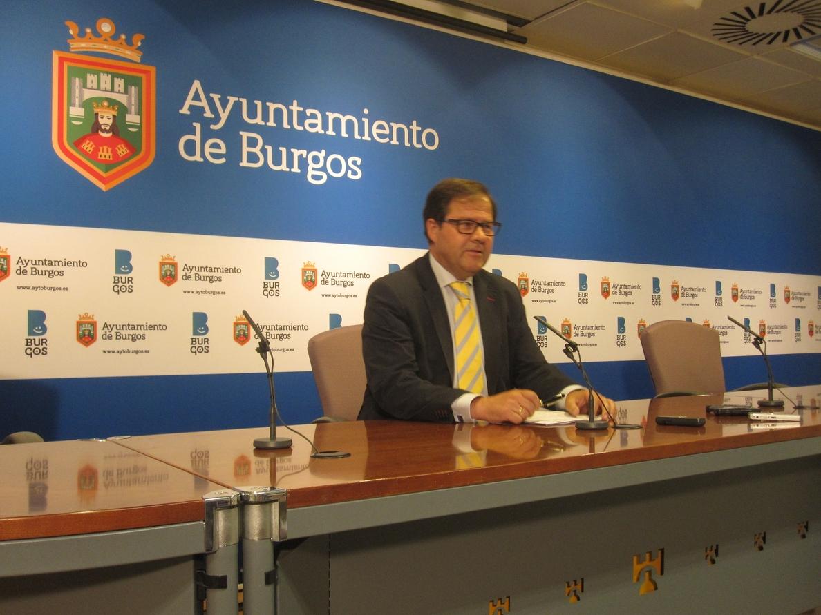 El concejal de Hacienda de Burgos presentará en septiembre a la oposición el borrador de los presupuestos 2016