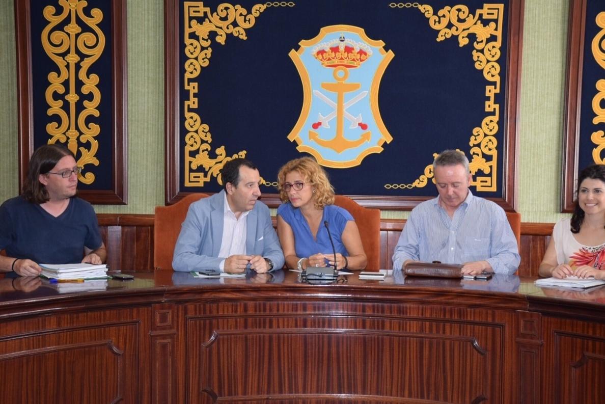 La Junta y el Ayuntamiento de Nerja acuerdan mejoras de seguridad y de acceso al río Chíllar