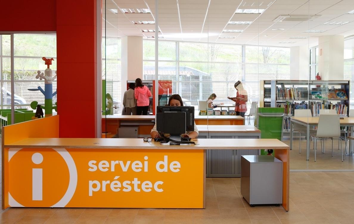El préstamo bibliotecario electrónico suma más de 10.200 usuarios en el primer mes