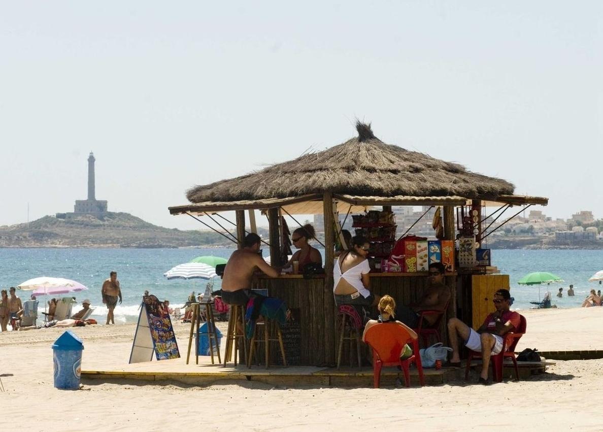 Todos los puestos de vigilancia de playas abren este jueves con bandera verde
