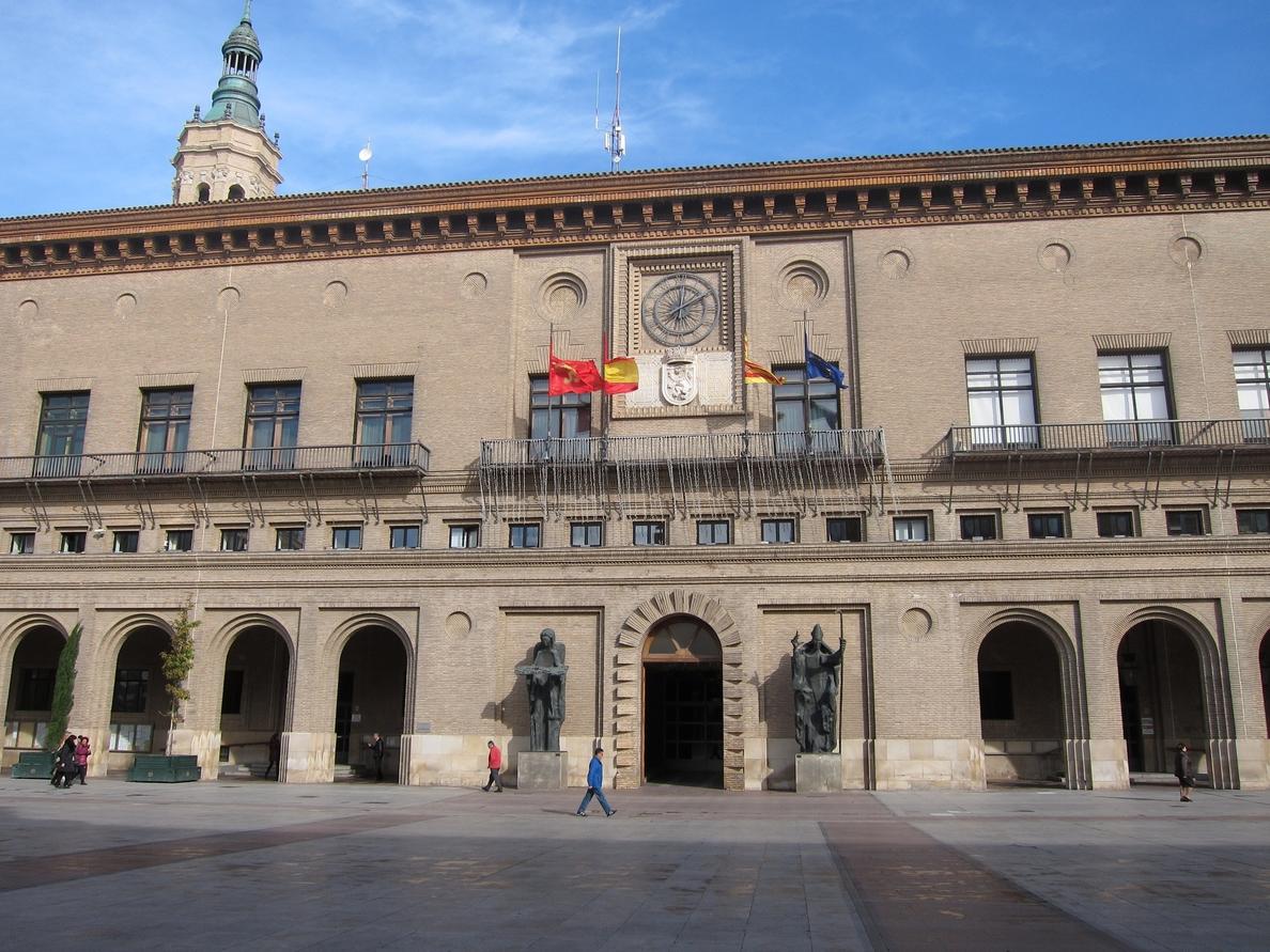 El Ayuntamiento cumplirá con la moción de CHA para que la capital sea una ciudad laica