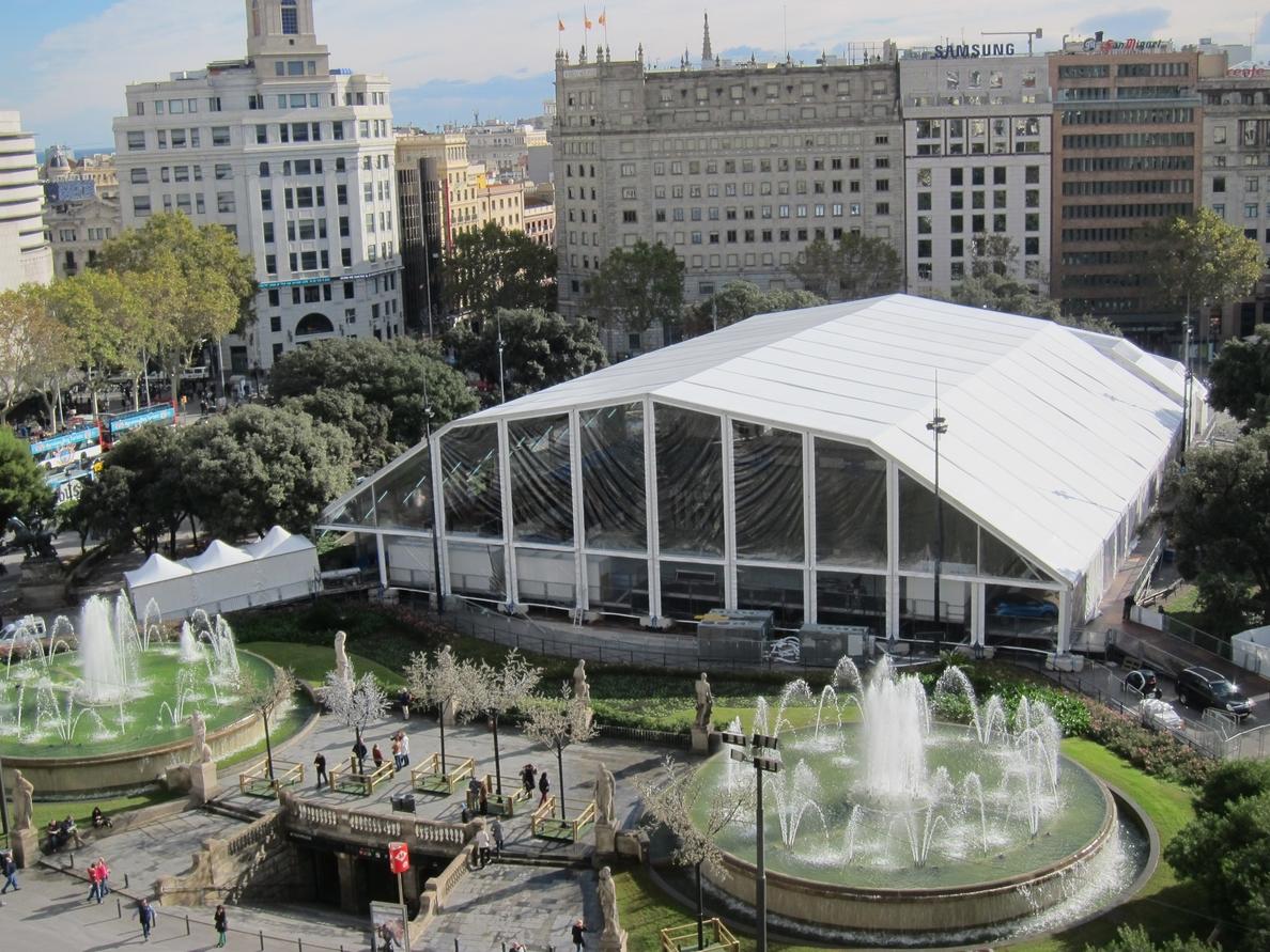 Barcelona descarta la pista de hielo en Navidad y apuesta por actividades gratuitas