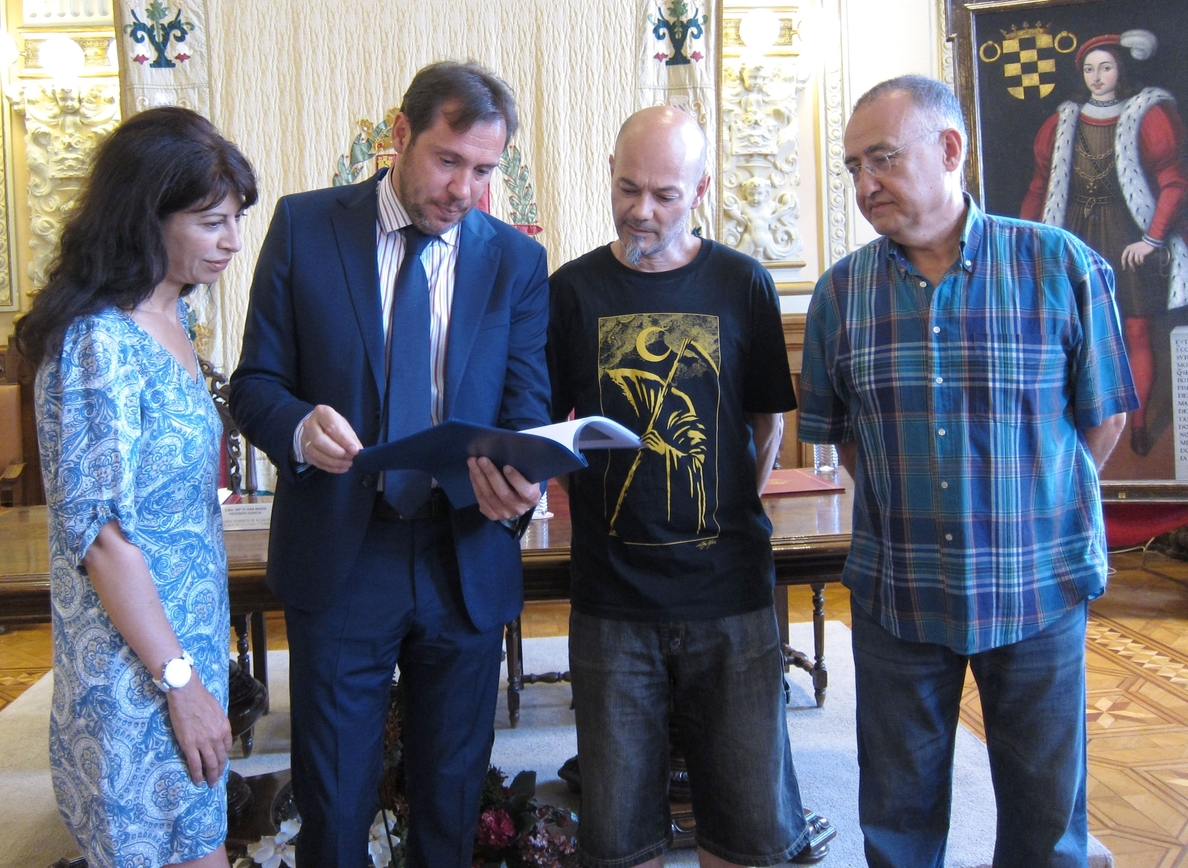 Celtas Cortos simboliza la «nueva etapa» en el pregón de unas fiestas de Valladolid con más participación en los barrios