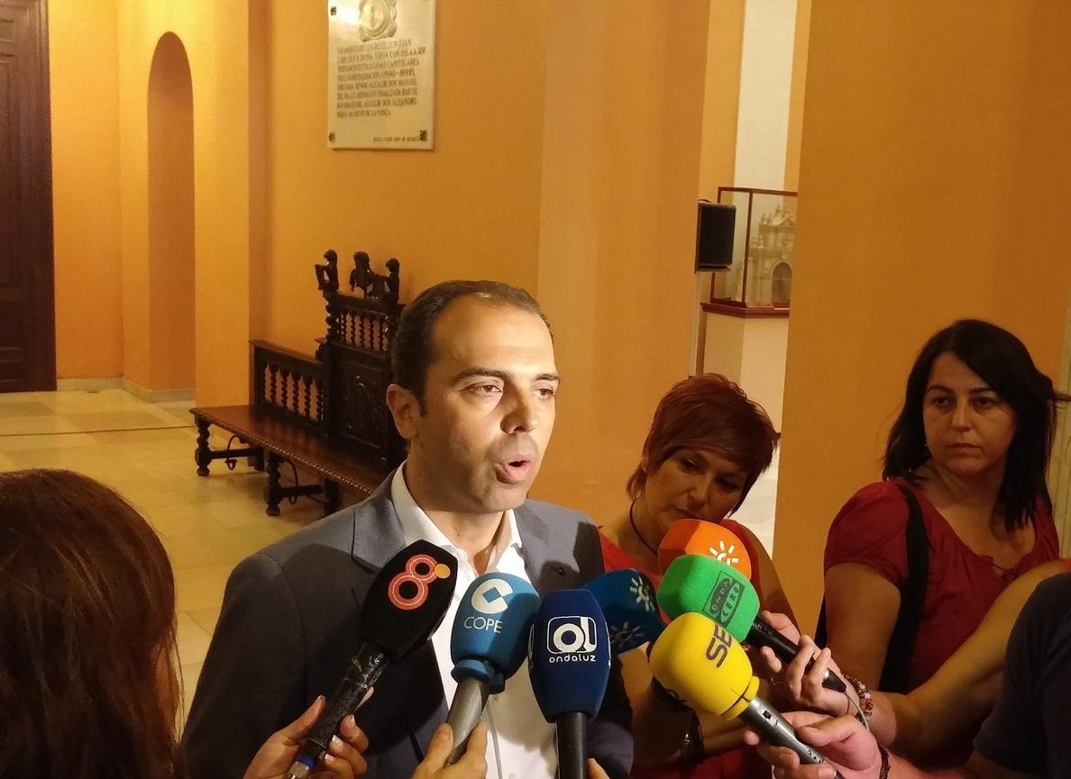C»s pide a Espadas acordar un plan estratégico en materia social ante las «grandes bolsas de pobreza»