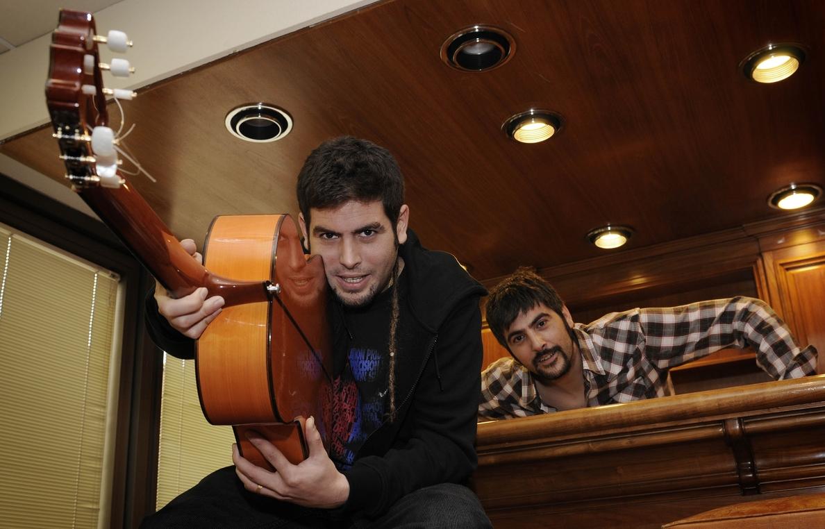 Estopa lanza el video de su nuevo single »Pastillas para dormir», rodado en Navarra