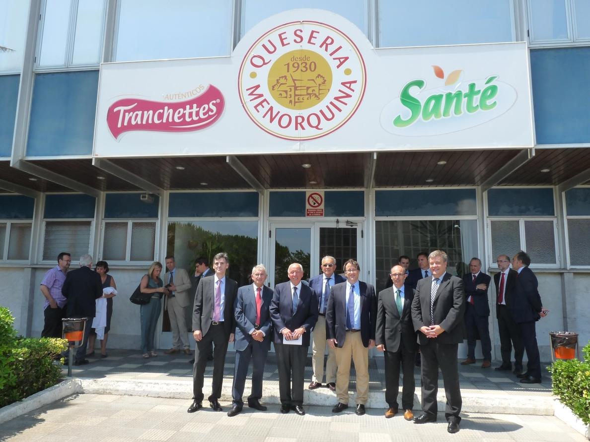 Oinarri SGR participa con tres bancos y otras dos SGR en la financiación en condición preferente a Quesería Menorquina