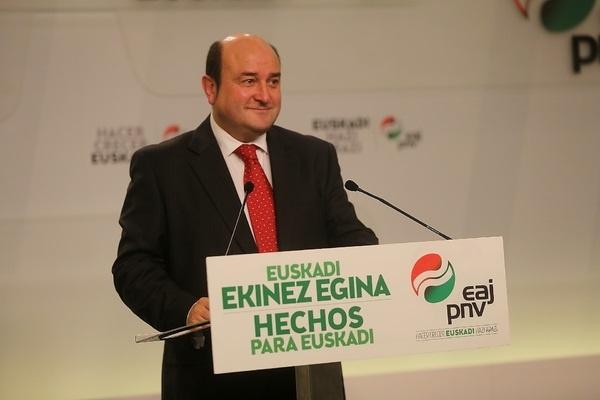 PNV pide que Pedro Sánchez reconozca el hecho nacional vasco si quiere pactar con los nacionalistas