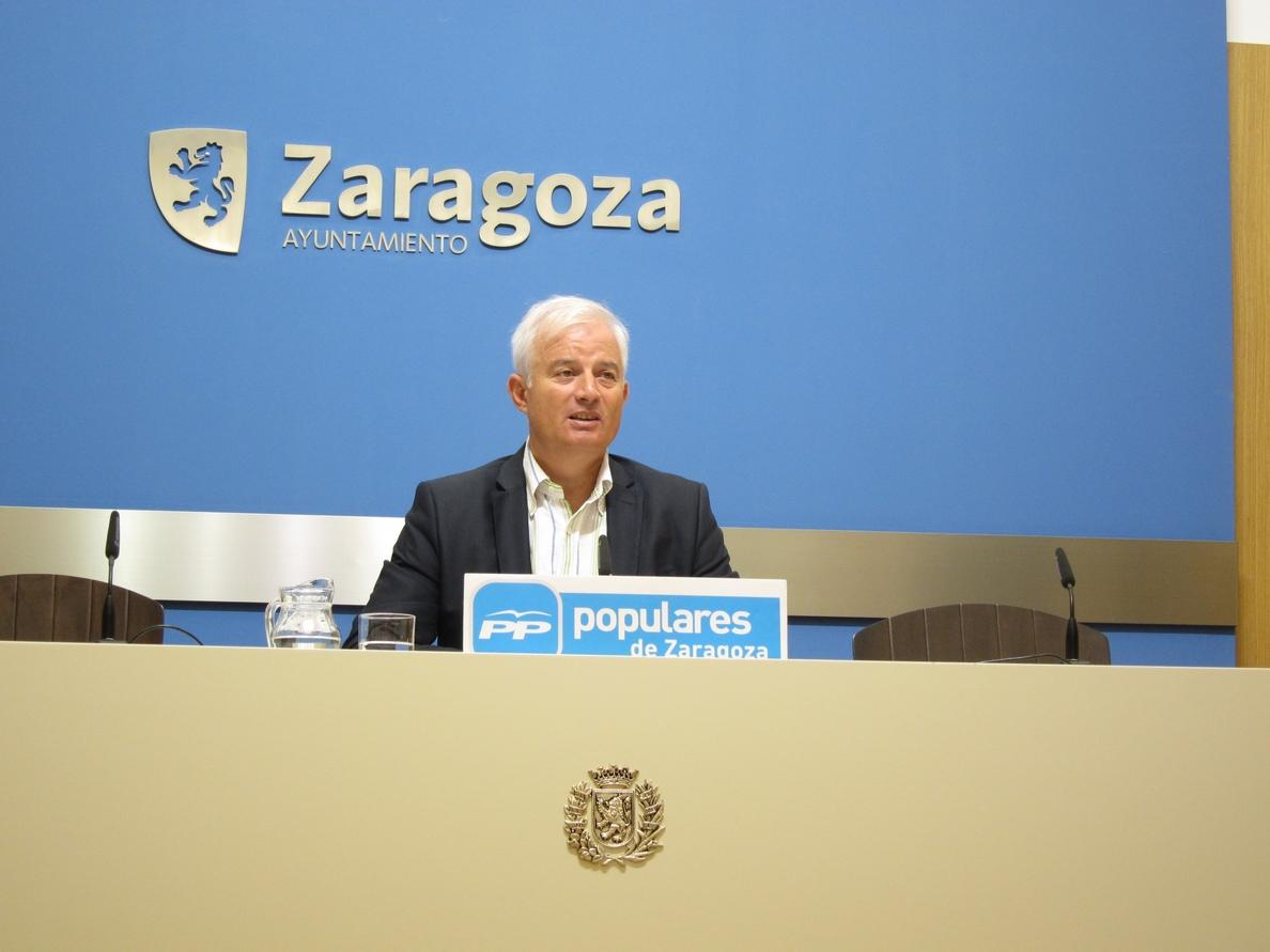 Suárez espera de Santisteve «lealtad» con los grupos y que entregue la documentación solicitada por el PP