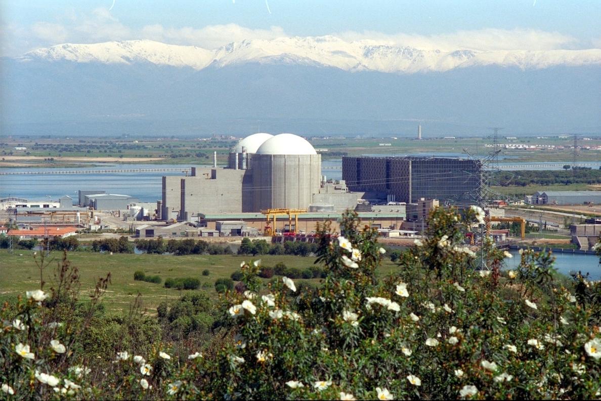 El CSN autoriza el traslado de 750 kilos de residuos nucleares desde Francia a la central de Almaraz (Cáceres)