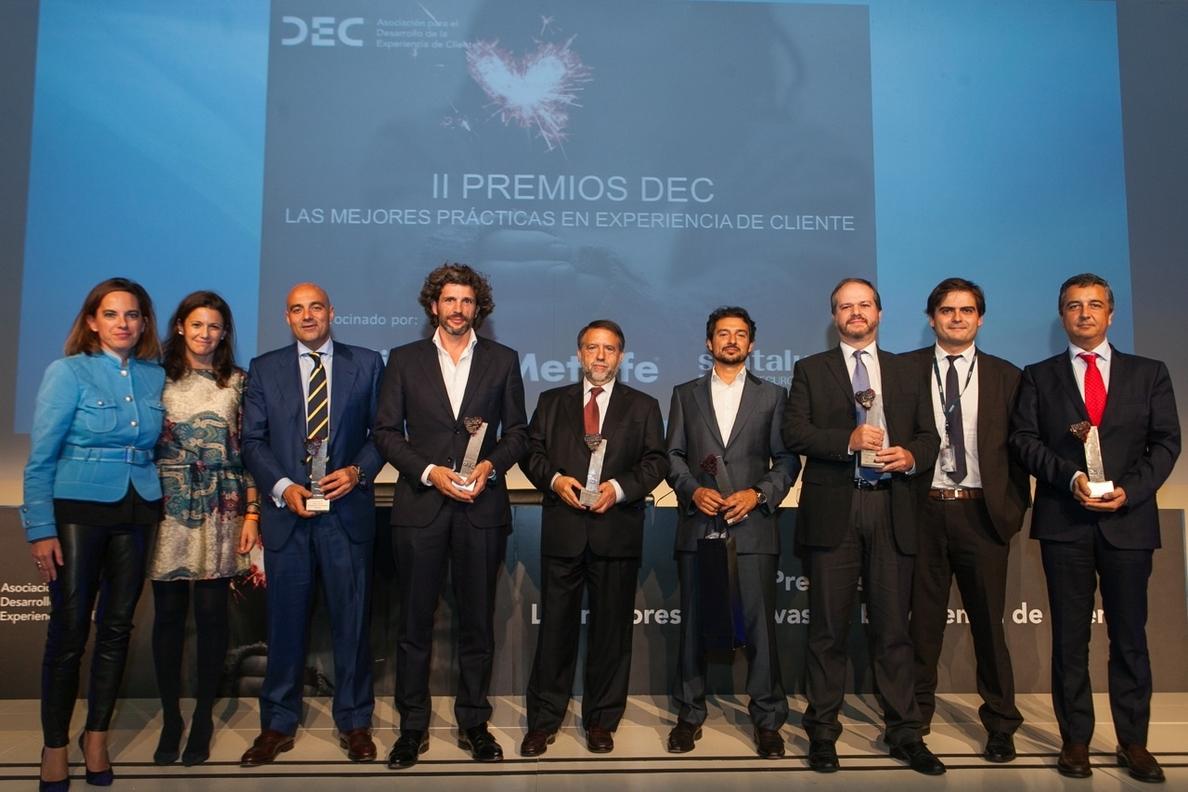 Mutua Madrileña recibe el Premio a la Marca Mejor Valorada por sus clientes en los Premios DEC