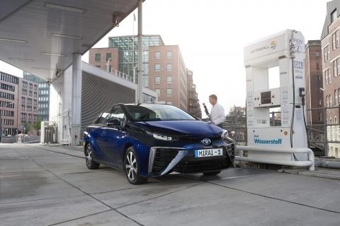 Toyota presenta en Europa el Mirai