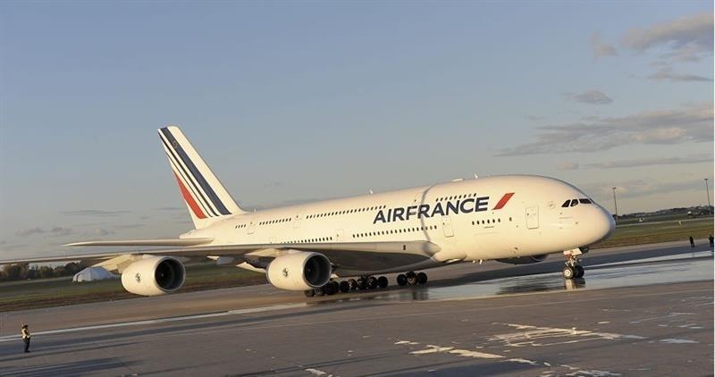 Air France identifica y sanciona a los empleados que agredieron a directivos