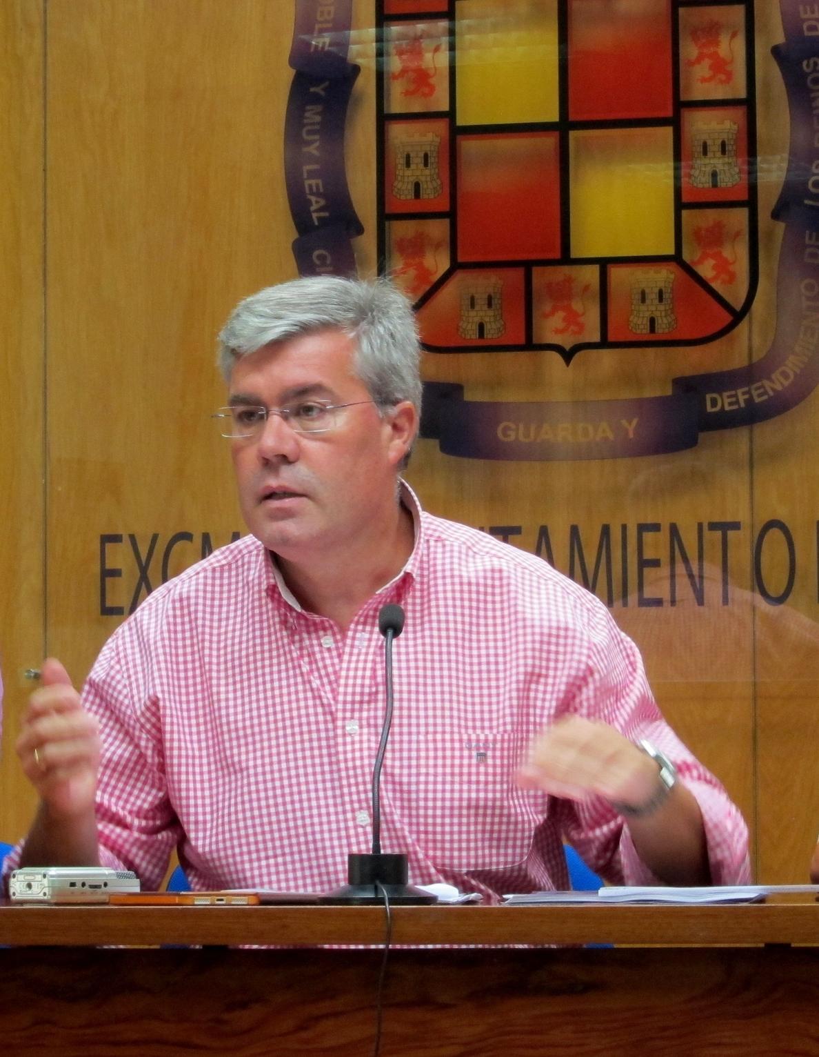 Alcalde ve que los presupuestos «ningunean» a Jaén y hará campaña «solar por solar» para denunciar incumplimientos