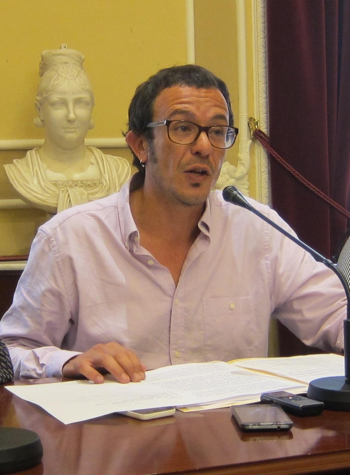 El alcalde de Cádiz, «orgulloso» por que el Carranza acoja «un partido de Primera»