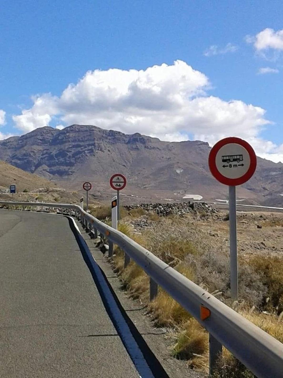 Cierran la carretera de La Aldea, en Gran Canaria, por desprendimientos producidos a causa de la lluvia