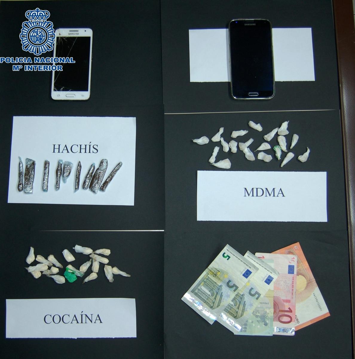 Detenidos dos jóvenes acusados de vender cocaína en la feria