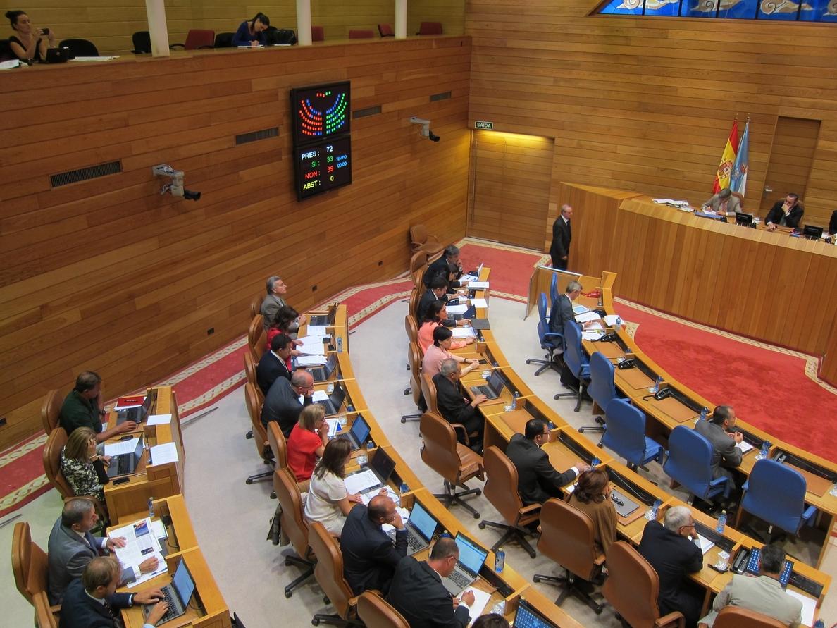 Feijóo no logra el apoyo de la oposición en sus principales medidas en el último debate de la legislatura