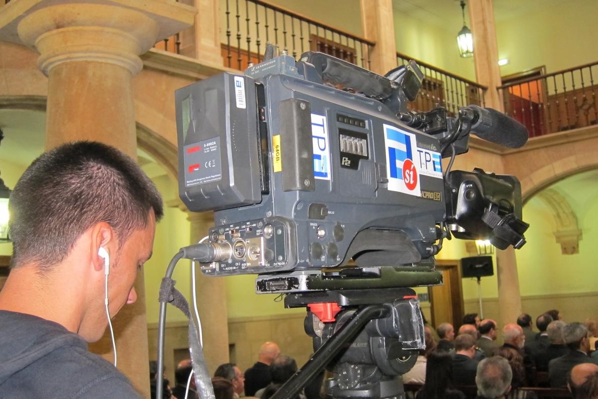Fernández sobre la RTPA: «Creo en una televisión pública y no en una televisión gubernamental»