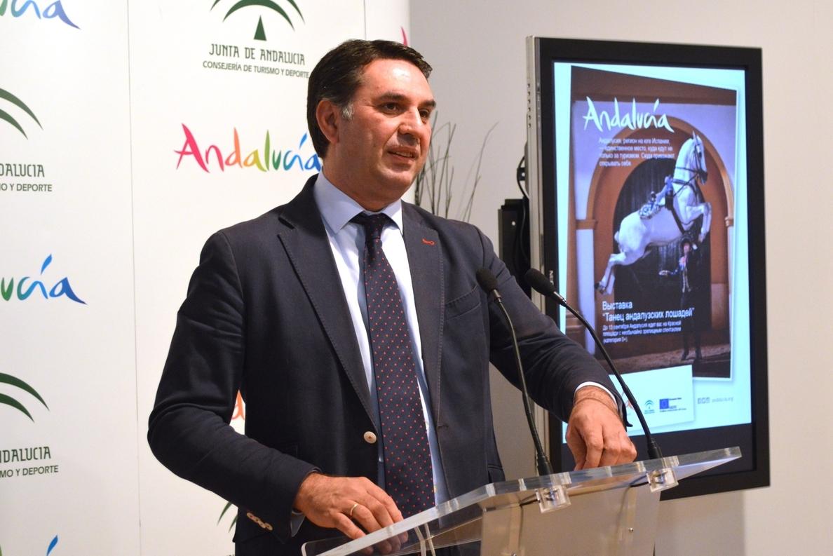 Fernández destaca que de forma conjunta Málaga y Sevilla «hacen cosas con mucho fundamento»