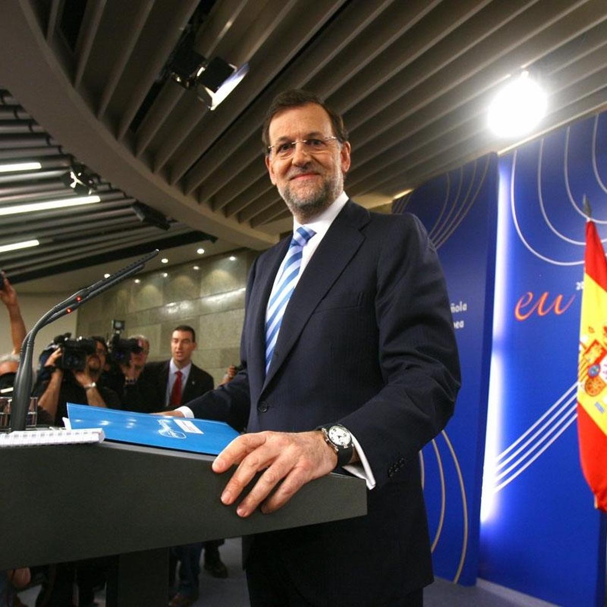Garzón (IU) quiere que Moncloa aclare si es verdad que Rajoy carga los cuidados de su padre a Presidencia