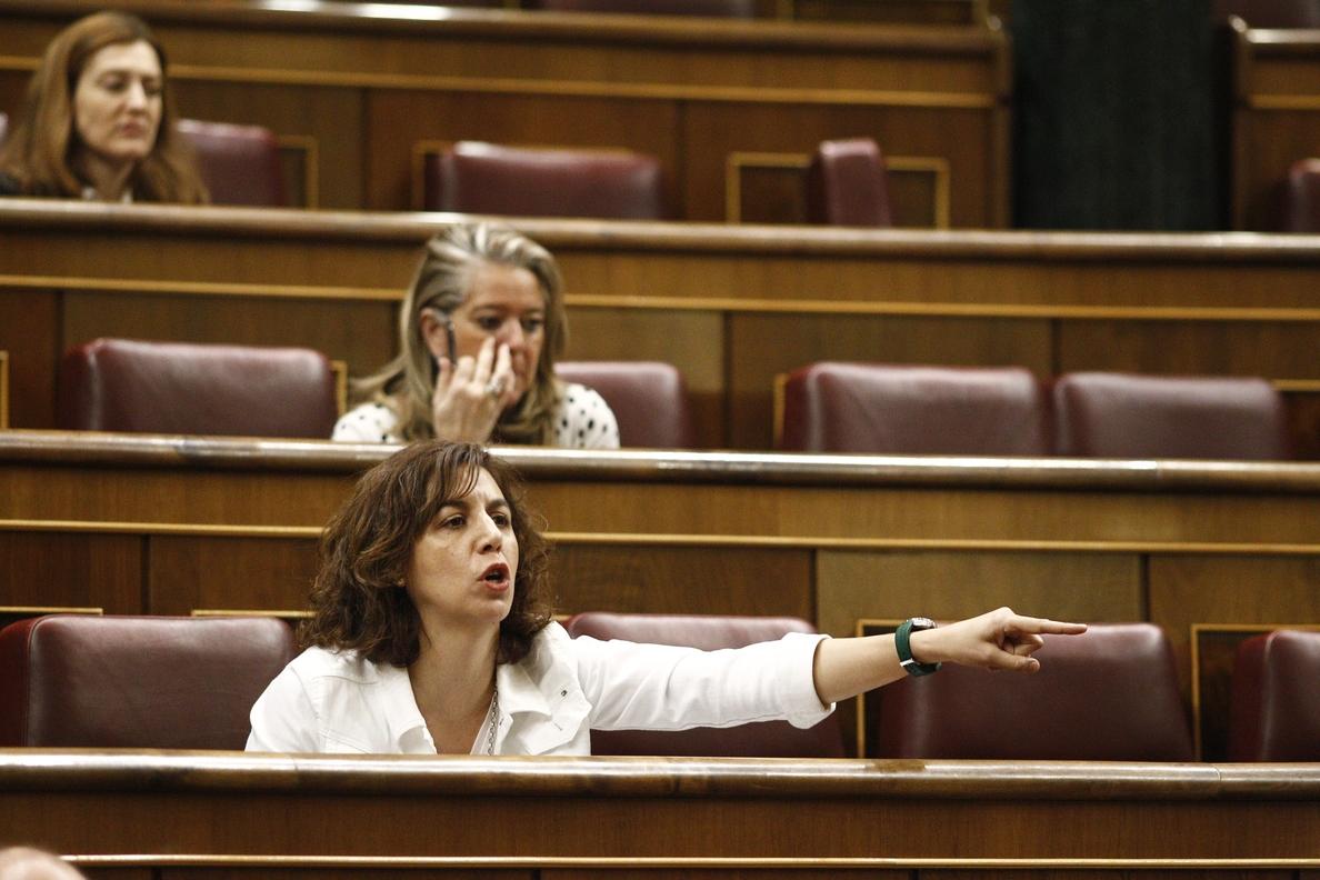 Lozano dice que el hecho de que el PSOE la llame como independiente ya es «símbolo» de que quiere cambiar cosas