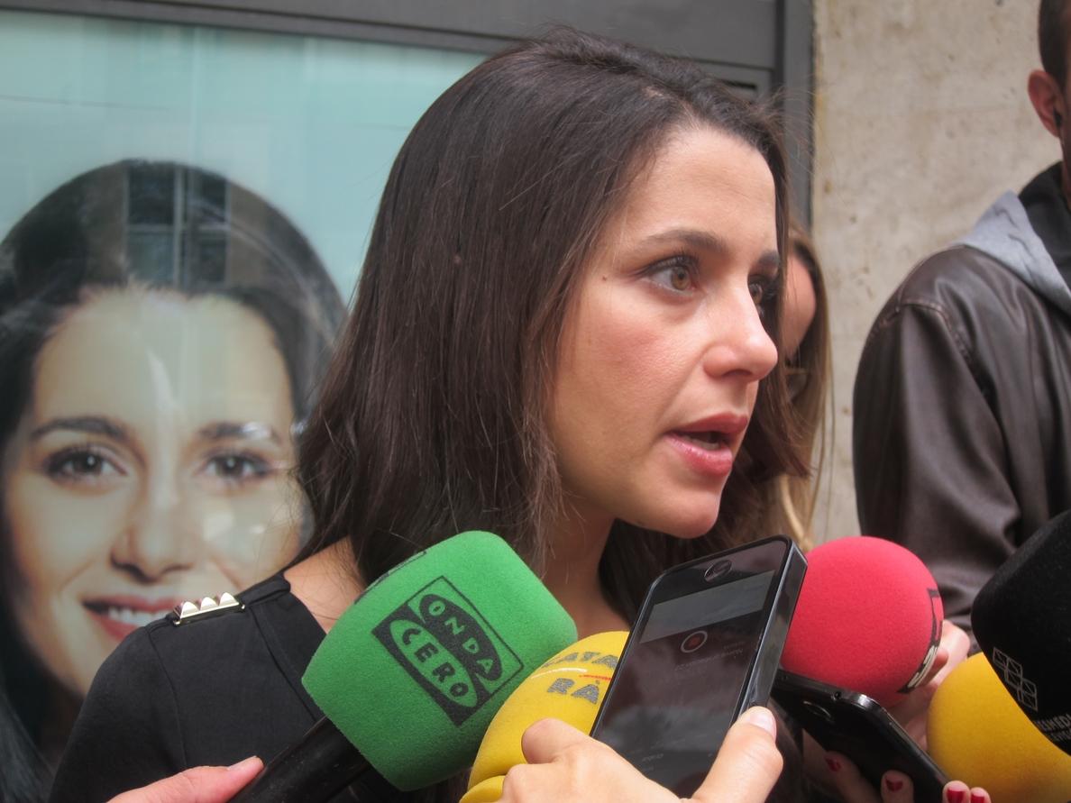 PP acepta la reunión que Arrimadas plantea con los partidos no independentistas