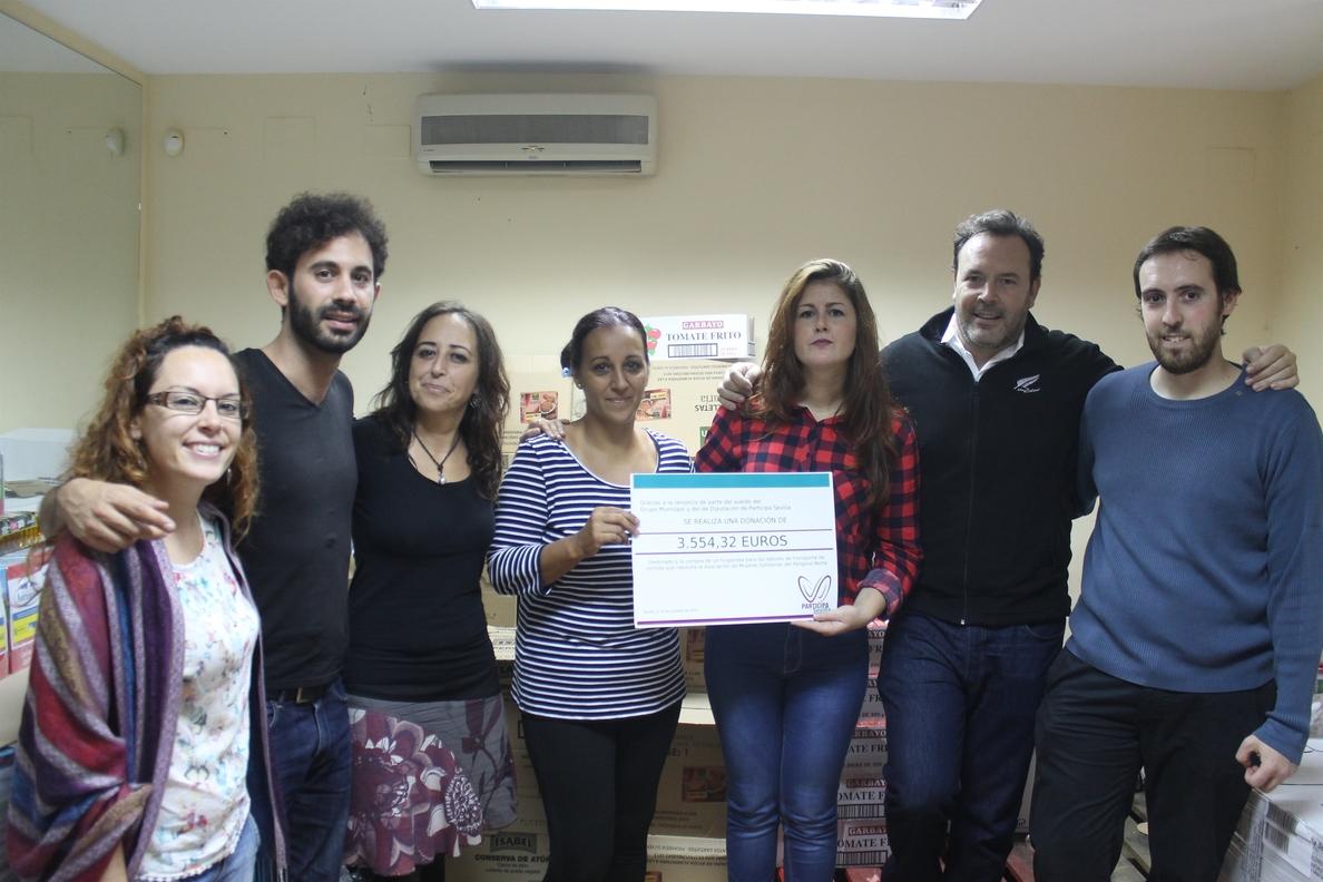 Participa dona más de 3.500 euros de sus salarios a la Asociación de Mujeres Solidarias del Polígono Norte
