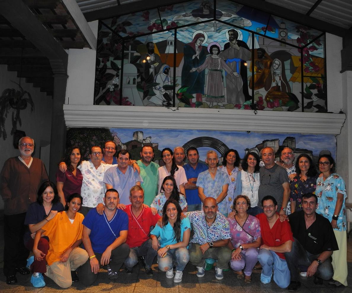 Profesionales del SAS atienden a 1.300 pacientes en Guatemala y Nicaragua a través de la ONG Quesada Solidaria
