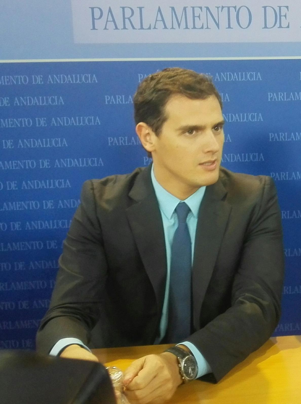 Rivera dice que «está por ver» si Ciudadanos facilita la investidura de un presidente de otro partido