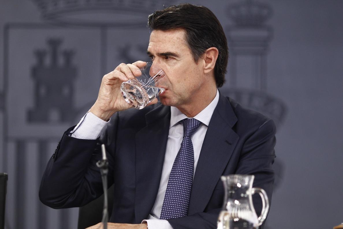 Soria responde a Herrera que, en el sector minero, el Gobierno sólo cumple con lo que dice la Unión Europea