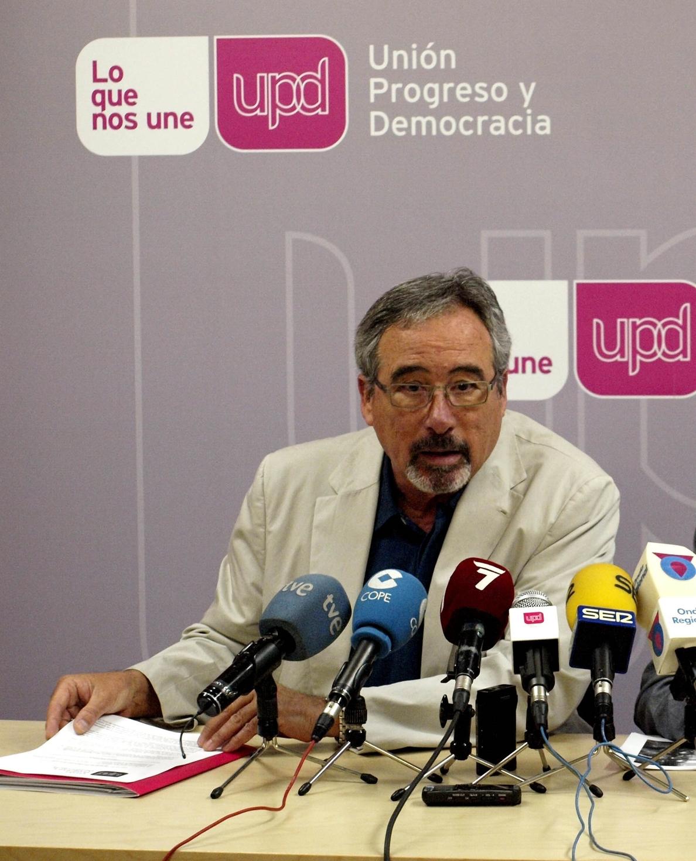 UPyD: «El modelo urbanístico especulativo de los Gobiernos del PP han ahogado al comercio minorista»