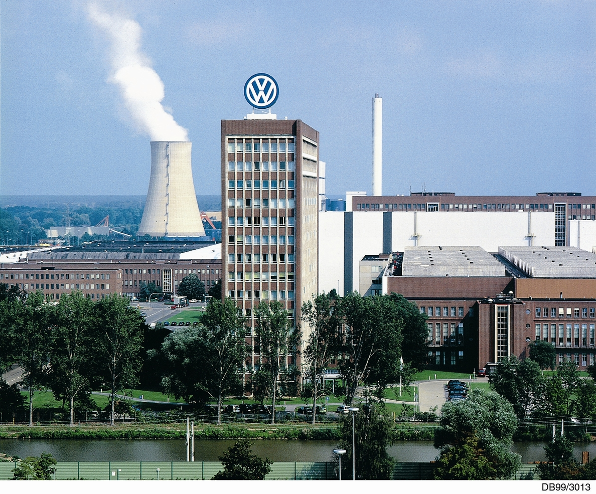 Volkswagen »ficha» a una alta directiva de Daimler