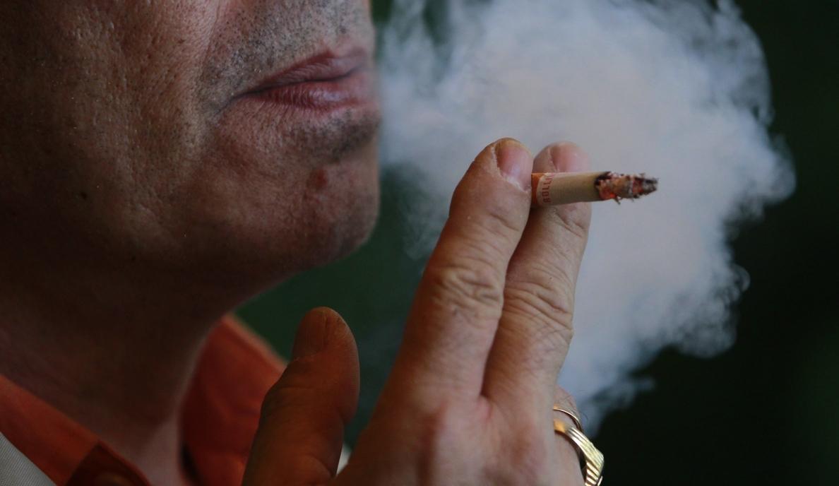 Los compuestos químicos del humo de tabaco incrementan el estrés oxidativo y potencian el envejecimiento