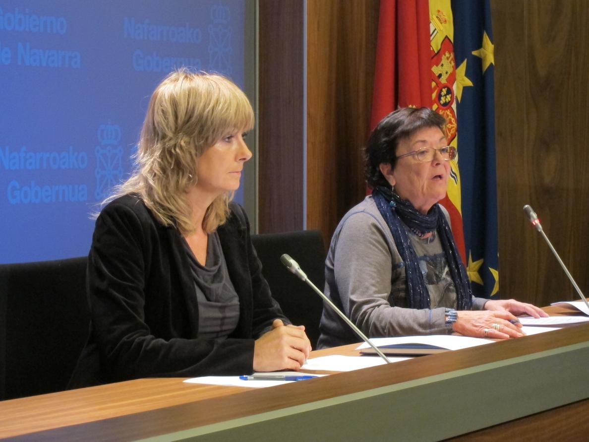 La presidenta navarra declara disponer de 9.493 euros, un coche de 2007 y plan de pensiones por 29.000 euros