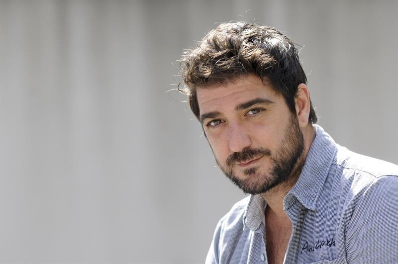 Antonio Orozco actúa este sábado en el Pabellón de Interpeñas