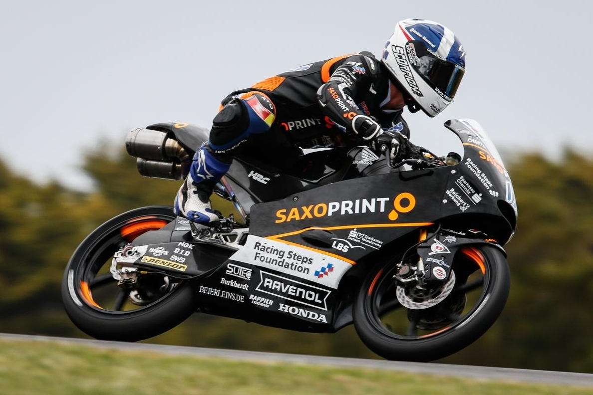 McPhee partirá desde la pole en Moto3 tras la sanción de Kent
