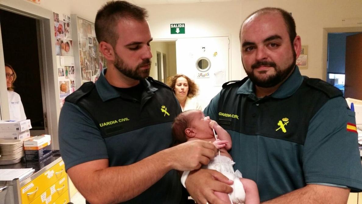 El bebé hallado en la basura en Mejorada sigue con familia de urgencia hasta aclarar si su padre biológico es idóneo