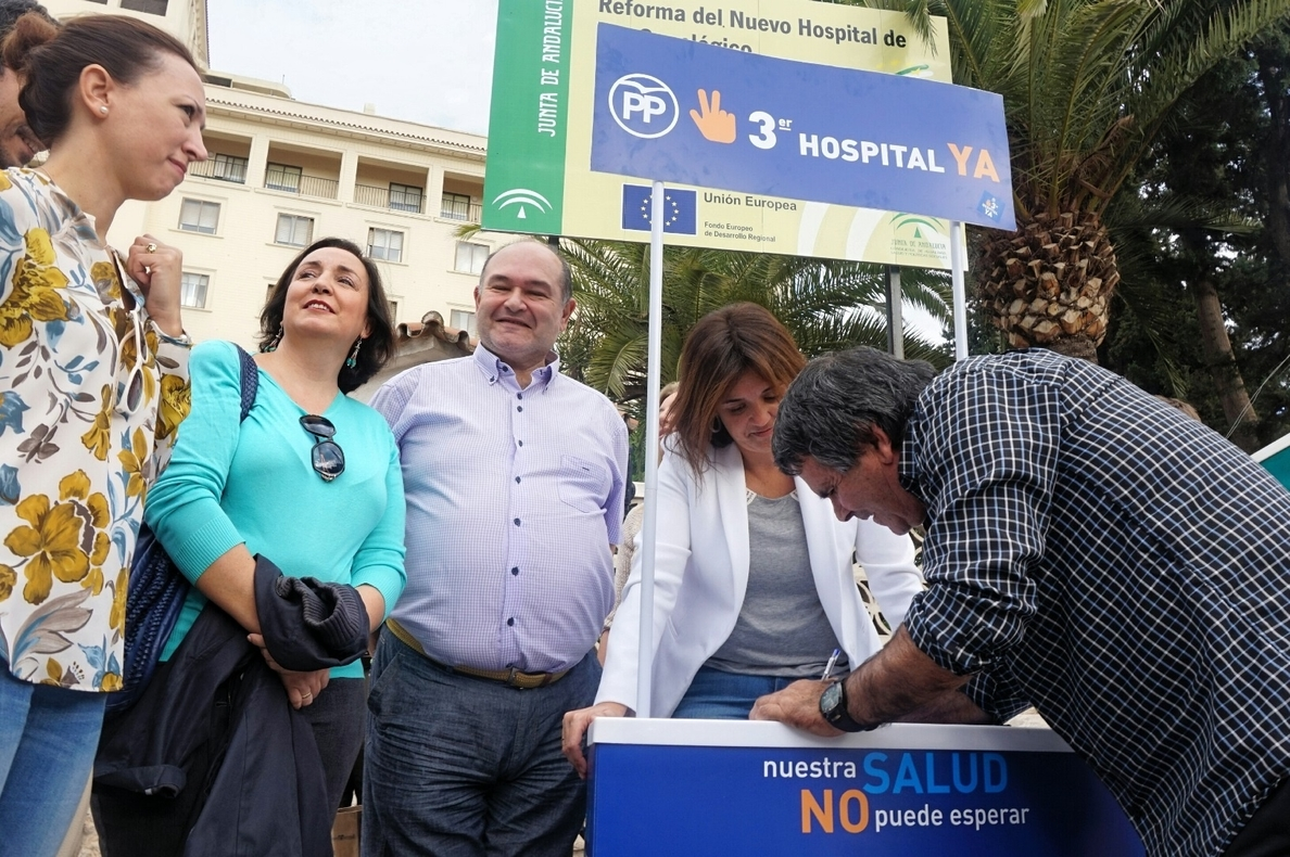 El PP «peleará» para que se construya el tercer hospital para Málaga