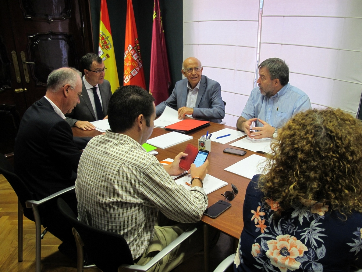 El PSOE denuncia la negativa del PP a aumentar la financiación del soterramiento en las enmiendas a los PGE