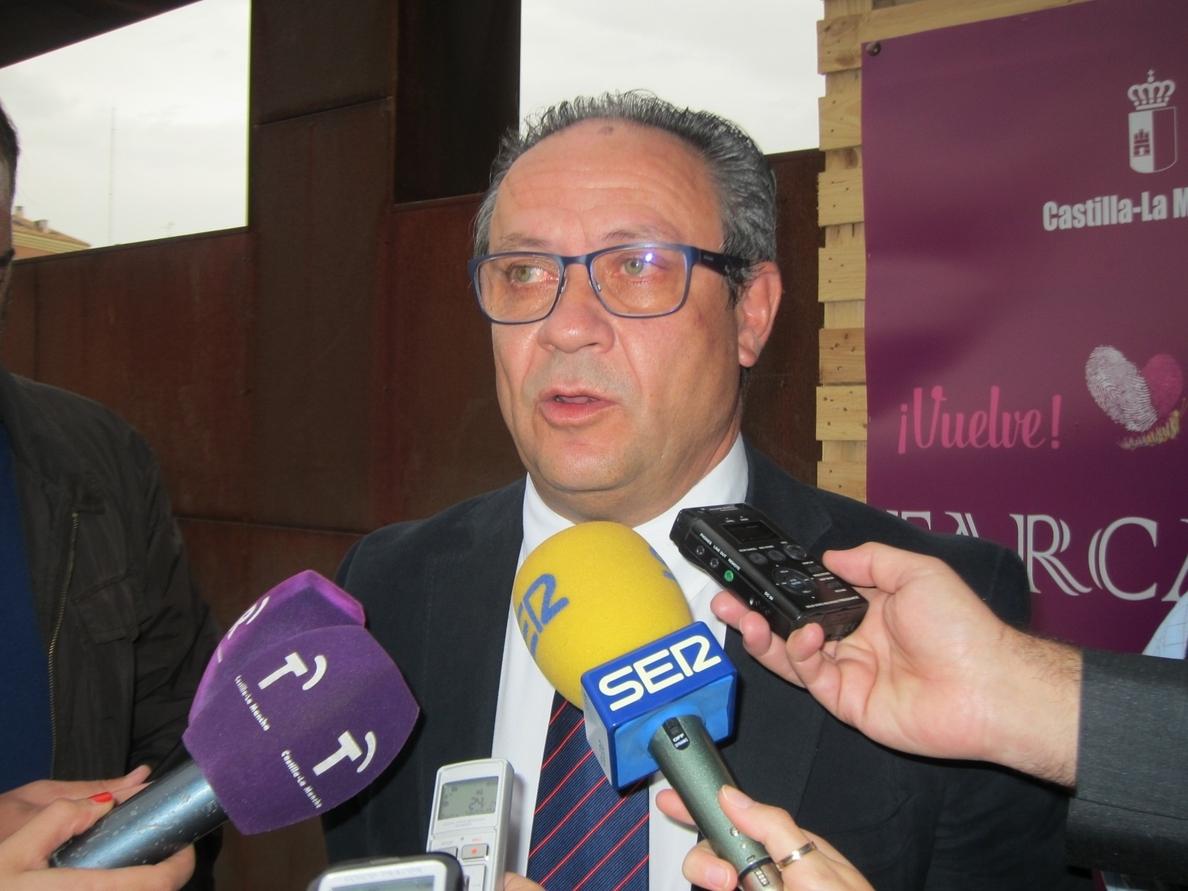 Ruiz Molina dice que no habrá sorpresas en los presupuestos y que el gasto irá a Sanidad, Educación y Dependencia