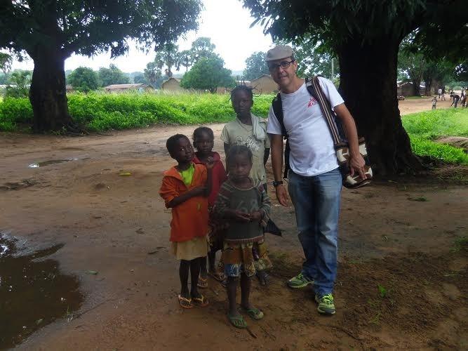 El cooperante onubense Paco Cumbreras parte hacia Sudán del Sur para atender a víctimas del conflicto